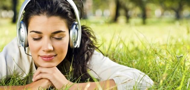 Hướng dẫn chi tiết cách học tiếng Anh Giao tiếp qua Bài hát hiệu quả nhất!