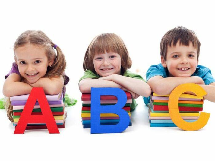 Cho trẻ học tiếng Anh Online, liệu có phù hợp?