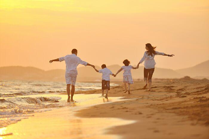 Câu hỏi và trả lời mẫu Part 3 Ielts Speaking, Topic 'Favorite person in the family'