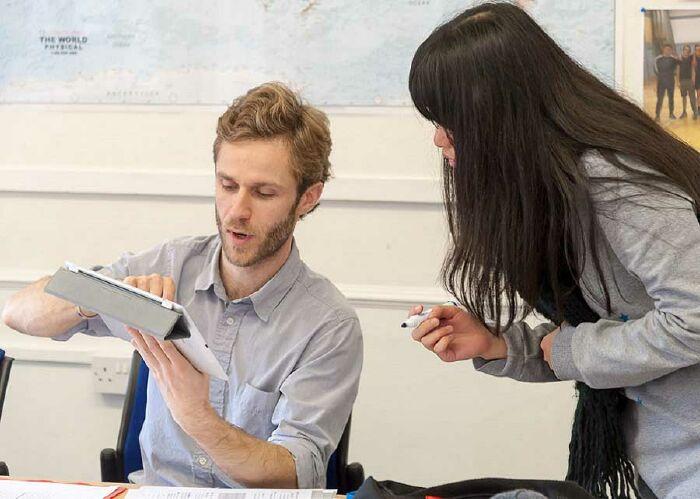 Những lợi ích khi học tiếng Anh 1 kèm 1 với giáo viên nước ngoài
