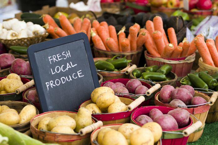 Câu hỏi và trả lời mẫu Part 3 Ielts Speaking, Topic 'Shopping at markets'