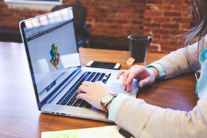 Cách học tiếng Anh online giao tiếp hiệu quả