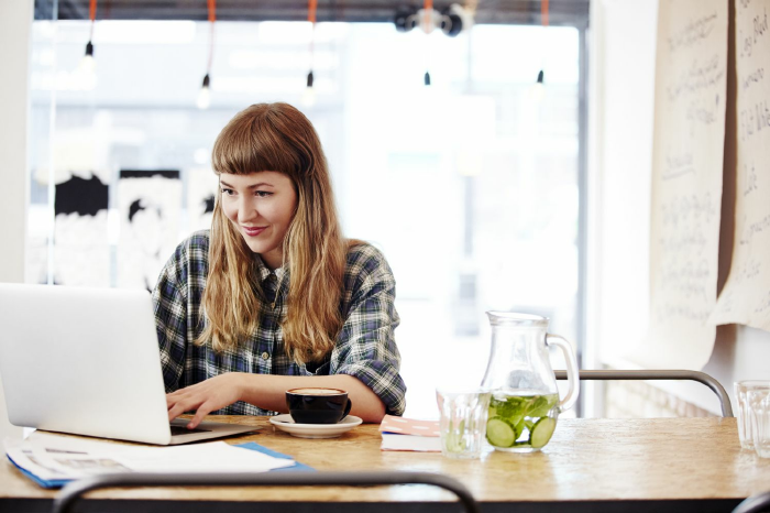 Những cách học tiếng anh cho người đi làm online