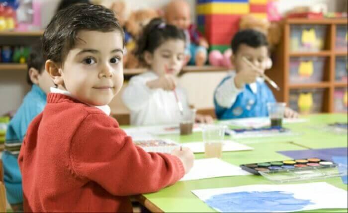 Vì sao nên cho trẻ học tiếng anh giao tiếp từ nhỏ?