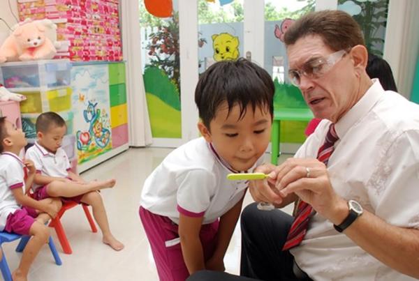 Những trường hợp nhất định nên học tiếng anh với giáo viên nước ngoài