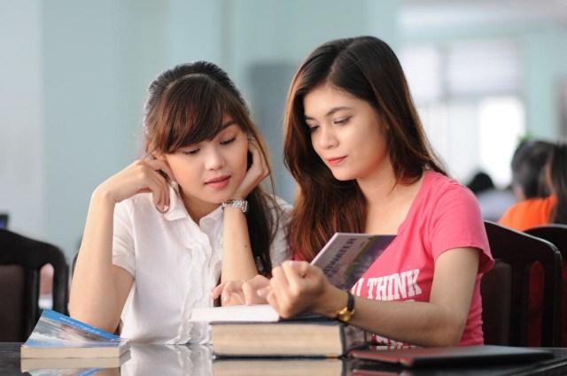 Có nên học tiếng anh giao tiếp cơ bản online miễn phí hay không?