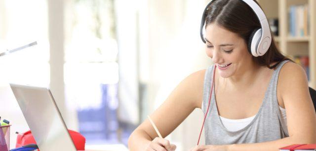 Học tiếng anh giao tiếp online ở đâu chất lượng?