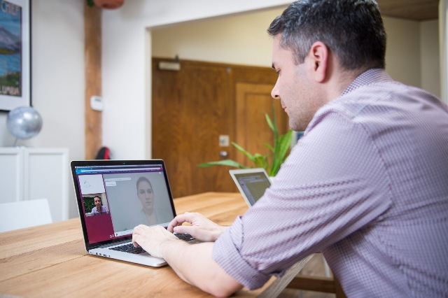 Kinh nghiệm học tiếng anh giao tiếp online bạn nên biết