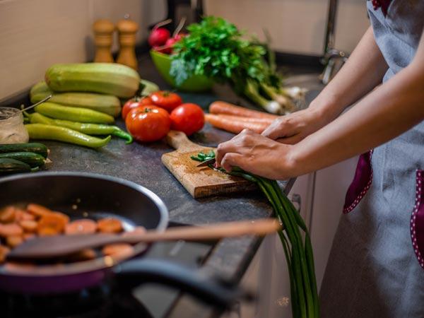 Các câu hỏi và câu trả lời thường gặp nhất trong Ielts Speaking Part 1 Chủ Đề Food and Cooking